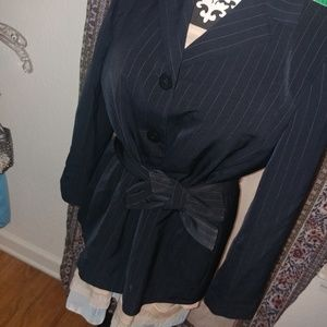 [Jones wear]navy / pin stripe belted suit blazer